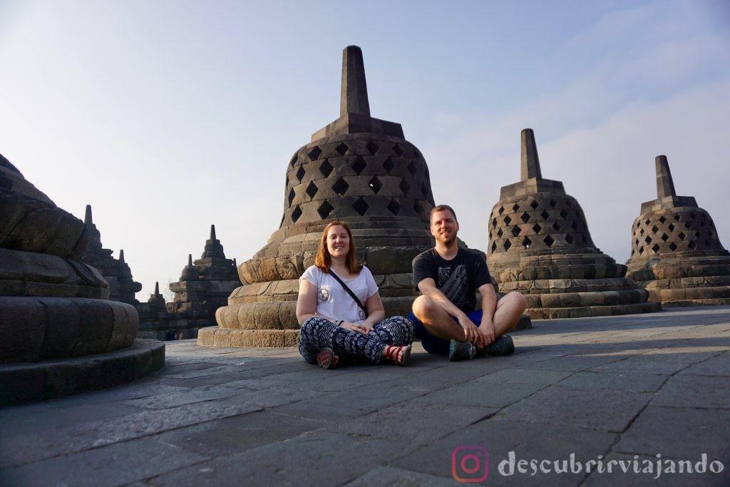 Borobudur sentados