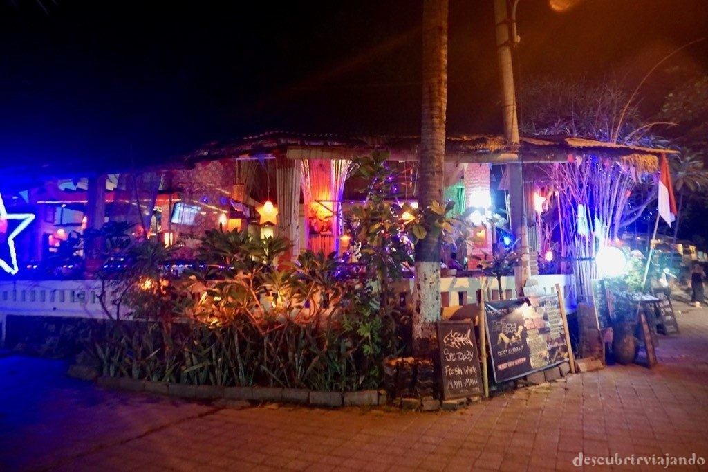 Lovina night street