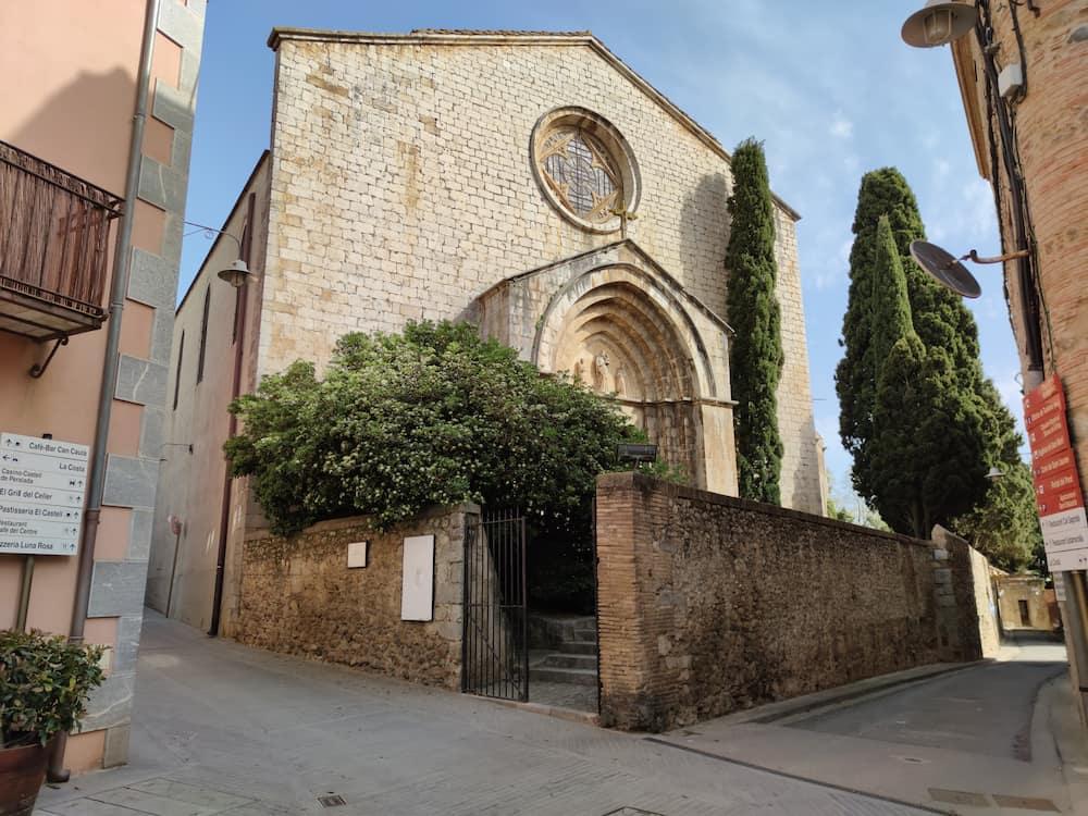 Iglesia-peralada