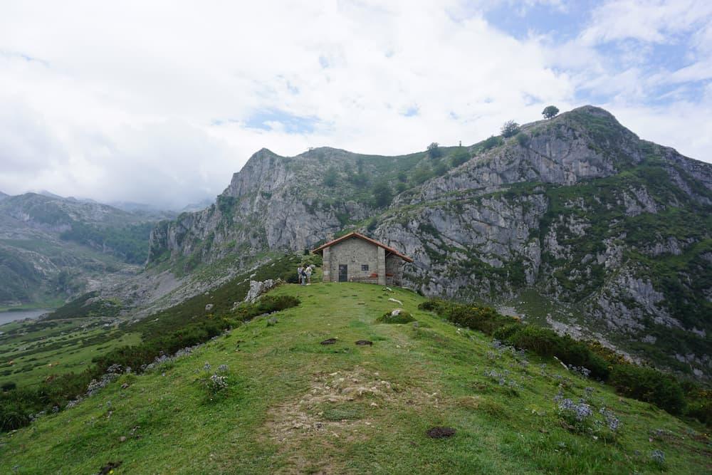 Ruta-Lagos-Covadonga-Mirador_Entrelagos